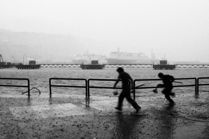 Yağmurdan-Kaçarken