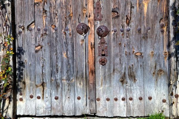 Yörük köyü kapı tokmakları