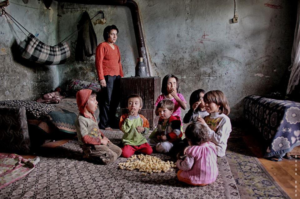 HEPİMİZİN ANNESİ Sırbistan'da yapılan FİAP patronajlı 2nd International Salon of Photography Woman kategorisinde sergileme...
